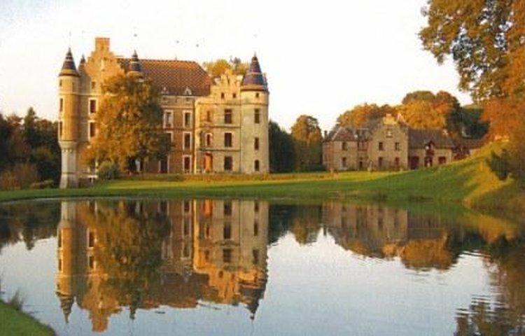 Pupetières Castle